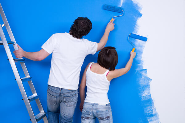 How to Paint Interiors in Rainy Weather
