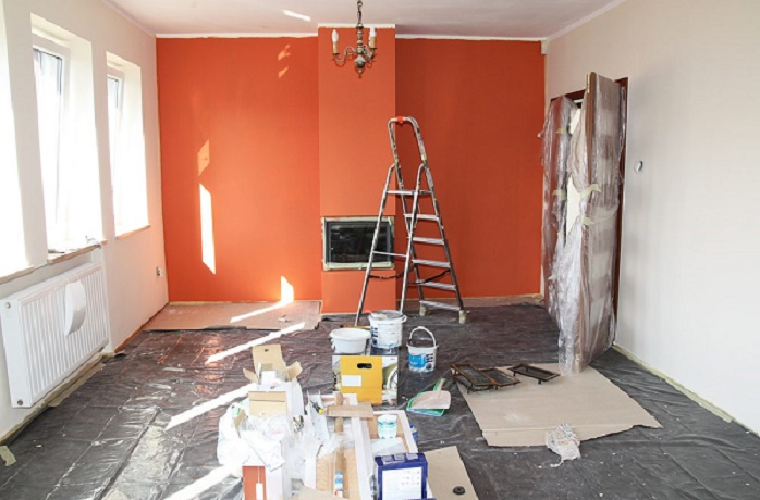 PAINTING THE INTERIOR OF A HOUSE